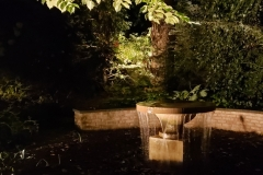 garden-fountain-accent-lighting-at-night