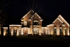 home-with-outdoor-lighting-in-oakbrook-il