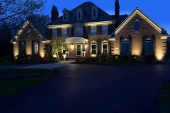 landscape-lighting-front-naperville