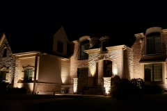 libertyville-home-the-illuminators-outdoor-lighting