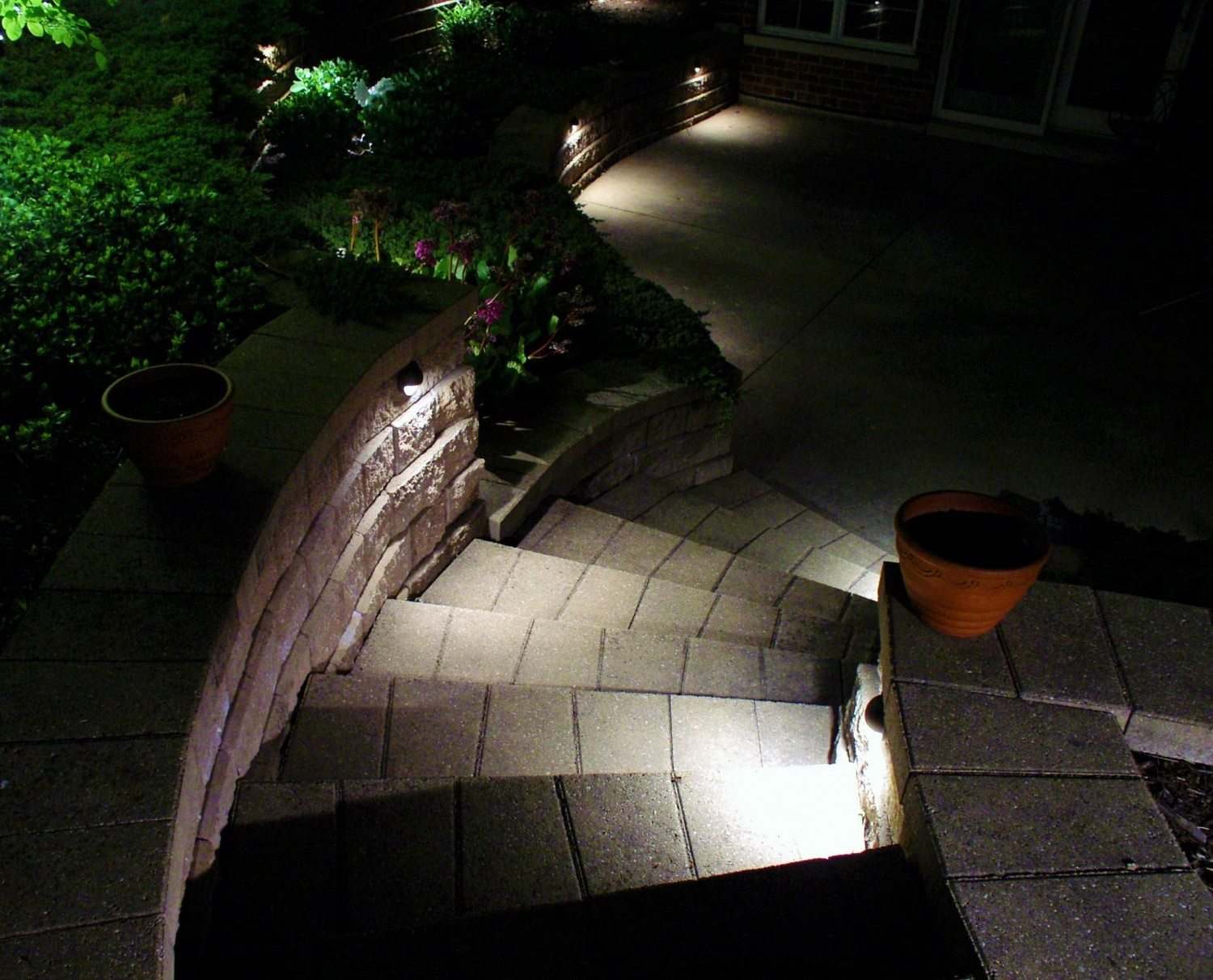 step and deck exterior lighting contractors