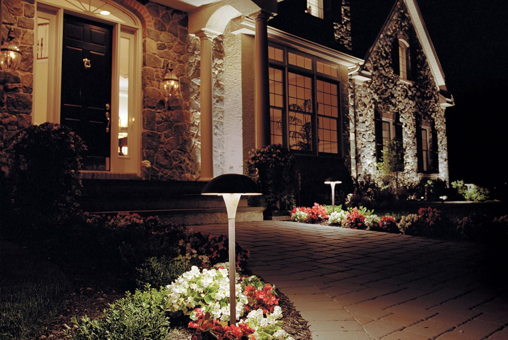 the illuminators outdoor lighting contractors home